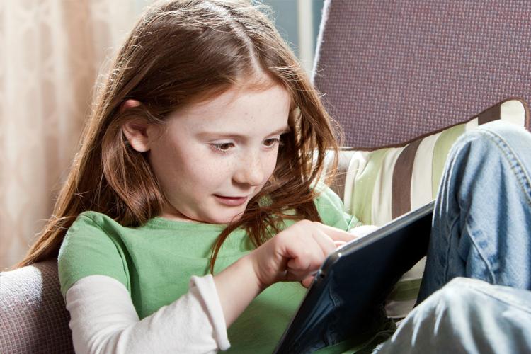 """¿Qué Deberían Saber los Padres sobre la Aplicación """"Tinder""""?"""